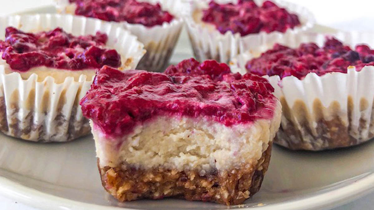 Berry Cheesecake Cups
