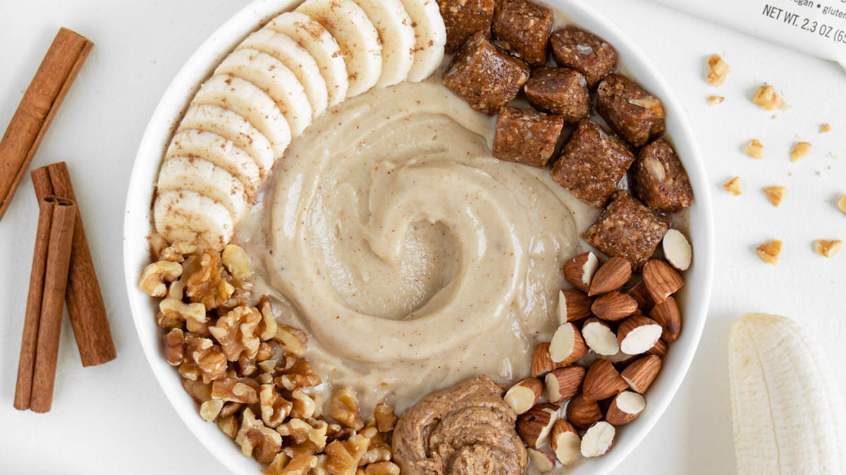 Almond Butter Banana Smoothie Bowl