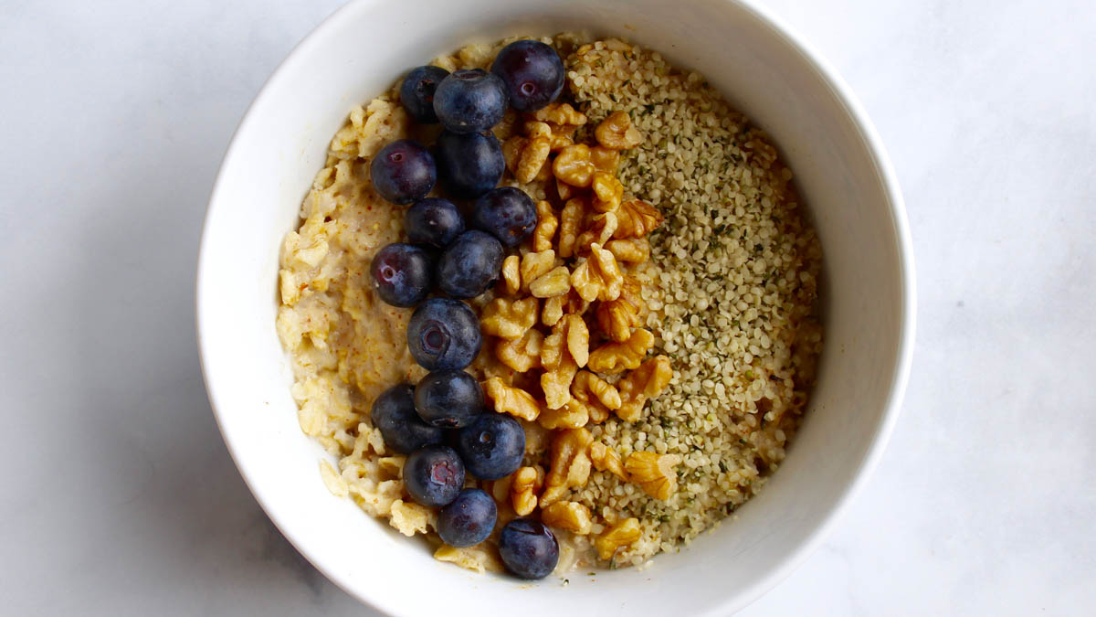 Blueberry Hemp Oats