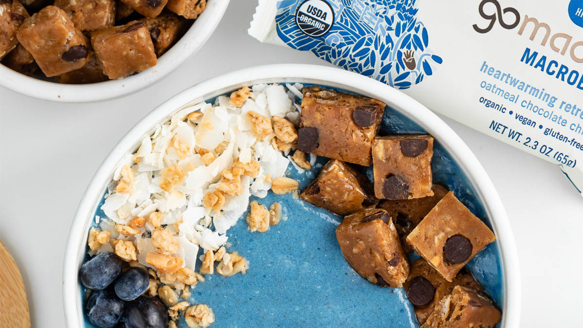 Blue Oatmeal Smoothie Bowl