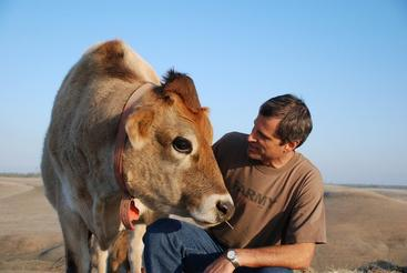 Living A Plant Based Life With Gene Baur, President and Co-Founder of Farm Sanctuary